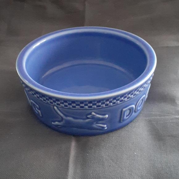 Longaberger Mulligan dog bowl.